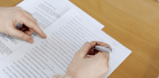 How to write the Best scholarship essay