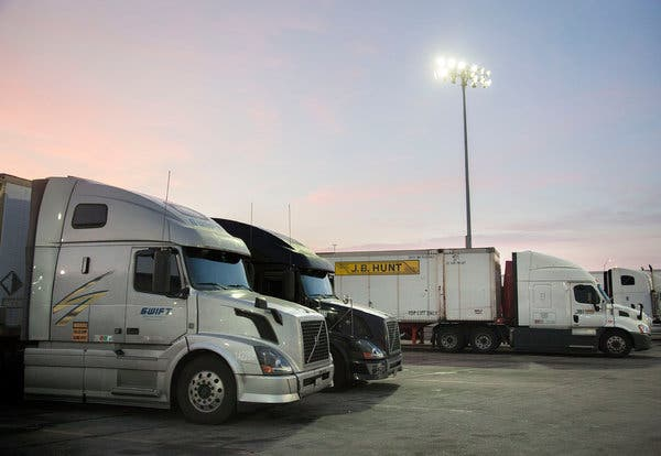 How to Choose a Trucking Factoring Company to Minimize Financial Exposure
