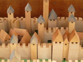 Best Eco-Friendly Toys: Choose the Products Made from Wood