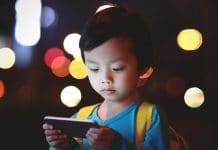 5 WAYS SMART DEVICES ARE HARMING OUR KIDS