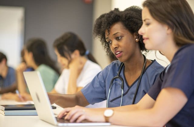 How to Make Your Medical School Application Strong