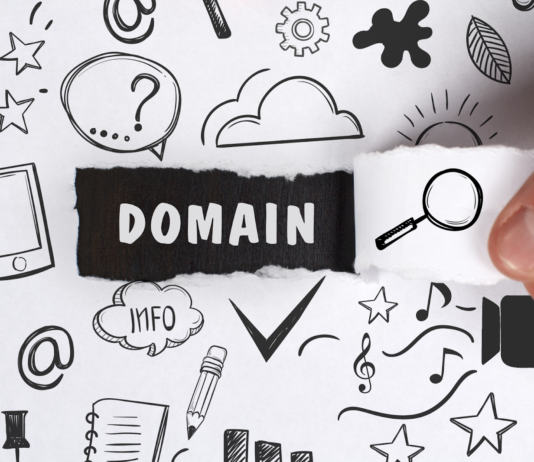5 Expert Tips For Picking A Domain Name