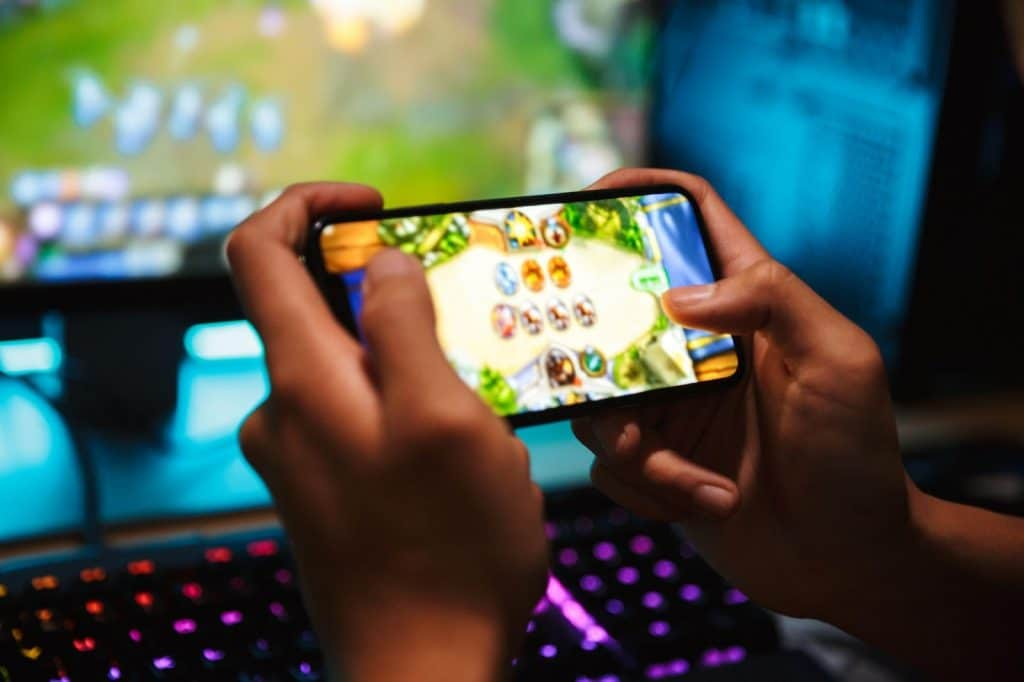 Smartphones for Mobile Gaming